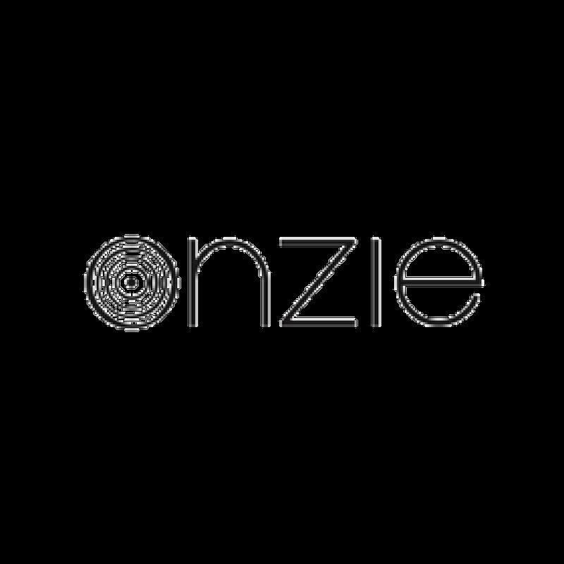 Onzie Yoga Wear gibt es im Studio.12